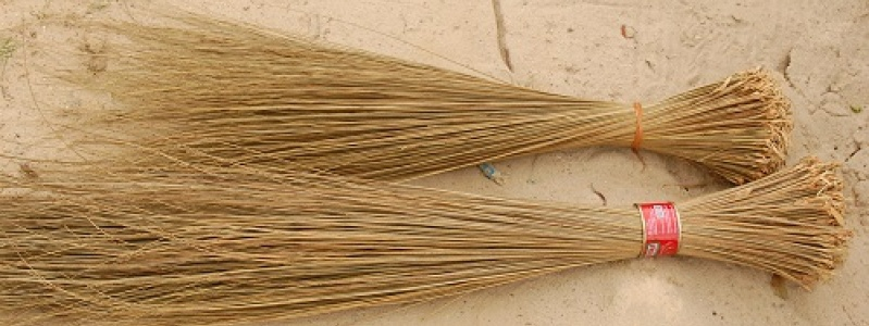 Urhobo Brooms (Photo: Julius Ivwoba Arerierian)